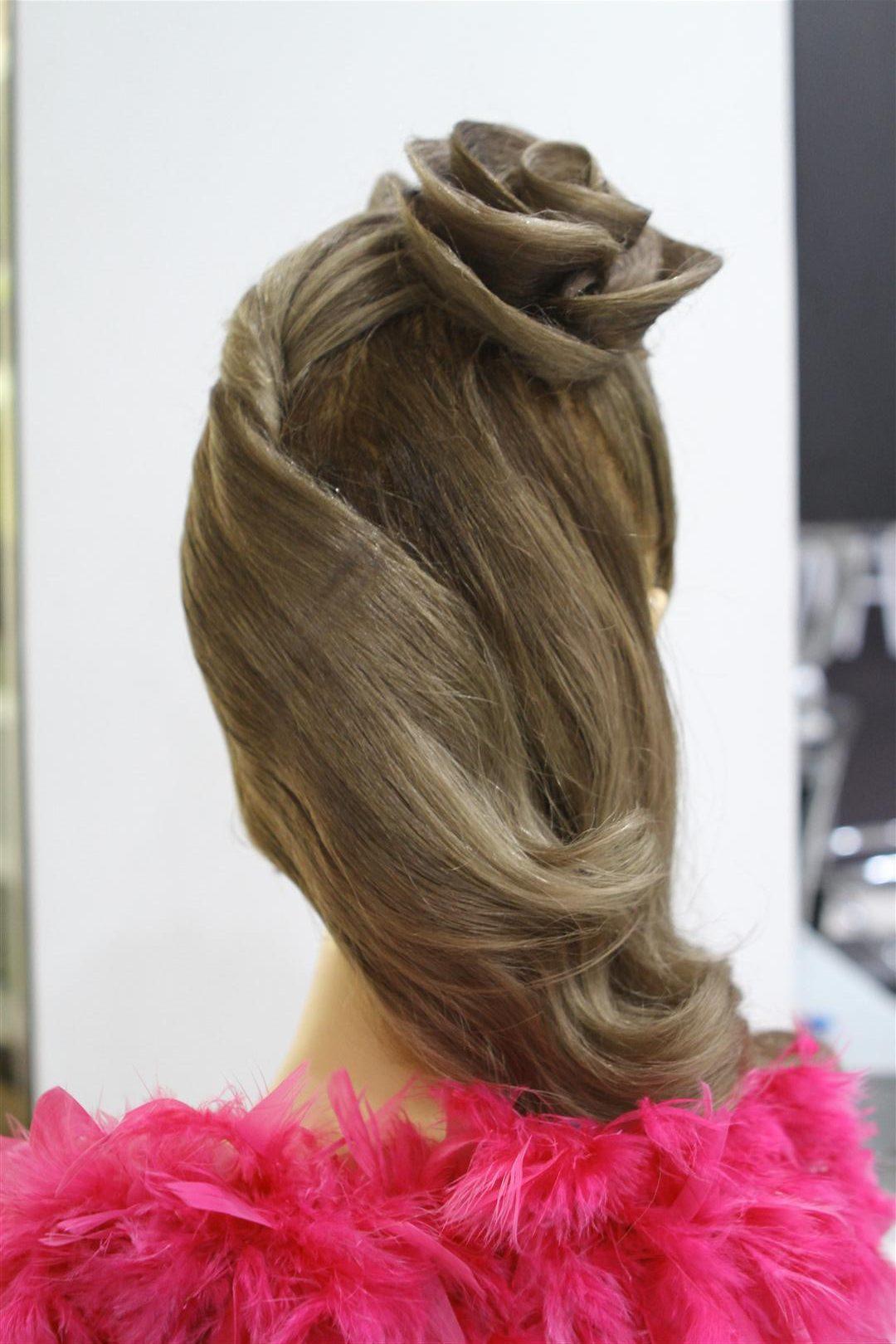 video tutorial sanggul rambut golden ash roses tampak belakang